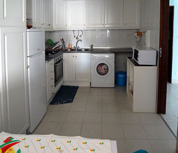 la cuisine Vacation rental South Lisbon (Almada, Portugal)